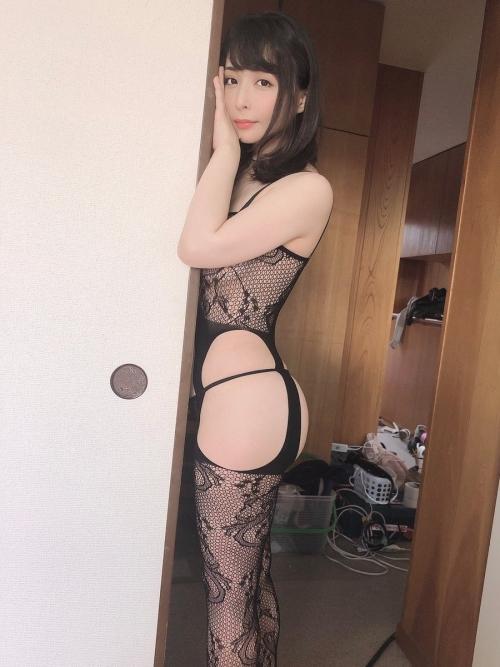 晶エリー(元・大沢佑香、新井エリー) 03