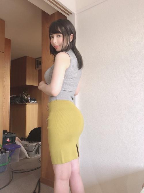 晶エリー(元・大沢佑香、新井エリー) 04