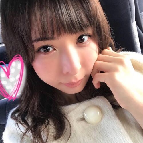 晶エリー(元・大沢佑香、新井エリー) 17