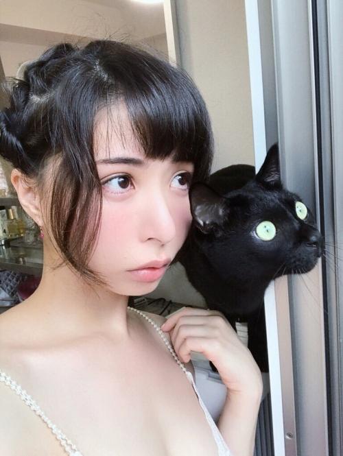 晶エリー(元・大沢佑香、新井エリー) 20