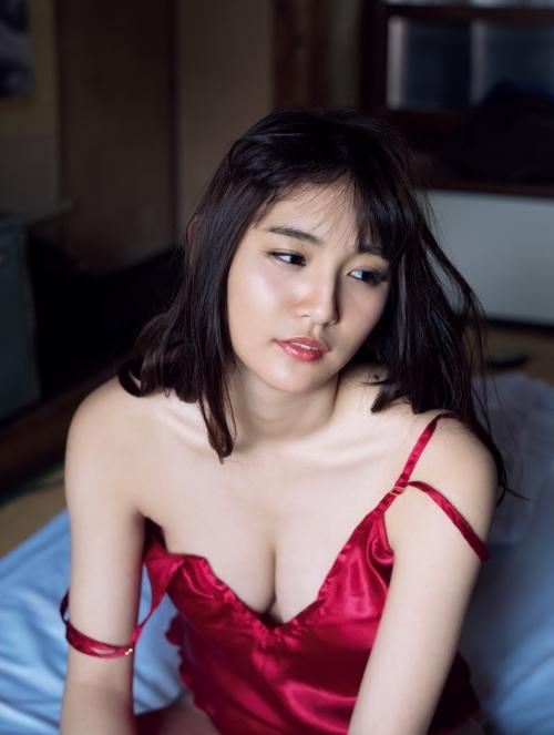 浅川梨奈 22