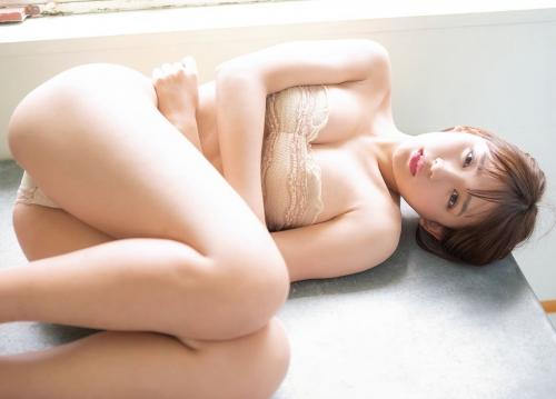 浅川梨奈 16