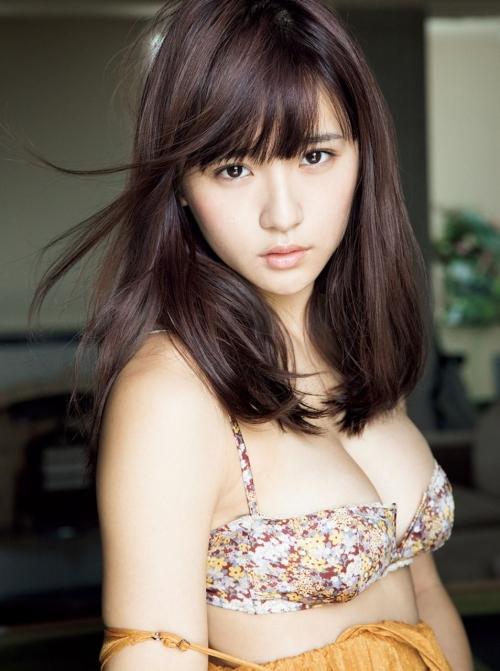 浅川梨奈(あさかわなな) 32