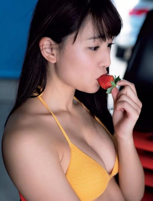 浅川梨奈(あさかわなな) 37