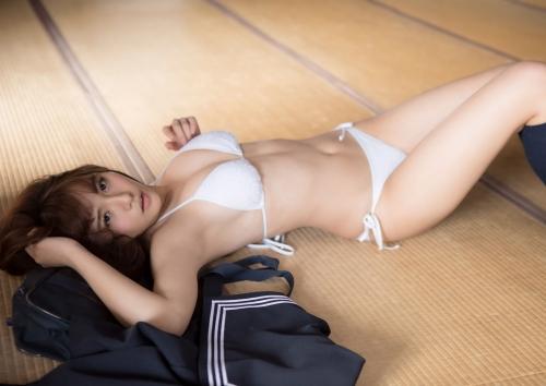 浅川梨奈(あさかわなな) 69