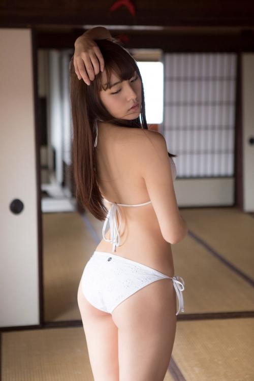 浅川梨奈(あさかわなな) 72
