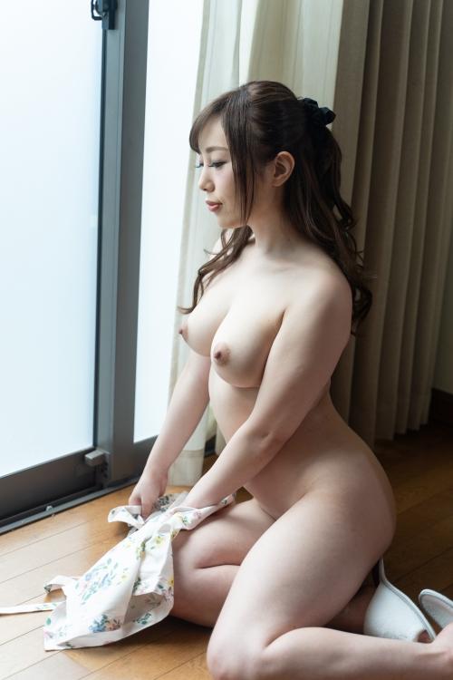[VR] 裸エプロンで朝から誘惑してくる激カワ俺嫁! 櫻木梨乃 無修正動画 カリビアンコム 61