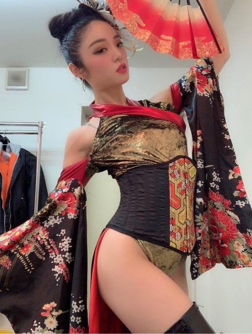 CYBERJAPAN DANCERS サイバージャパンダンサーズ KOZUE 125