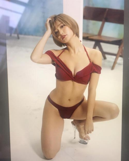 CYBER JAPAN DANCERS サイバージャパンダンサーズ KANA カナ 04