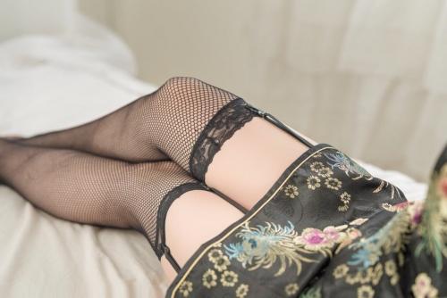 コスプレイヤー #私の太ももが性癖に刺さる人に届いてほしい 87