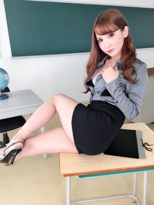 女教師 68
