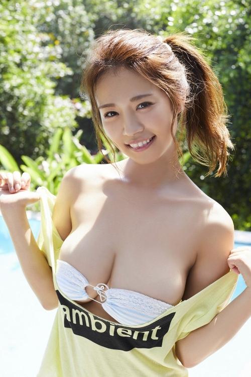 菜乃花 眼帯ビキニ 88