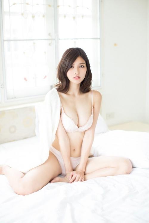 巨乳 グラビアアイドル 21