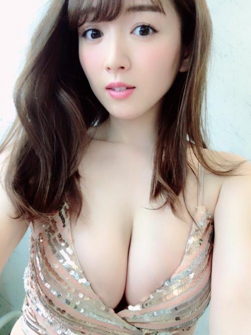 巨乳 グラビアアイドル 53