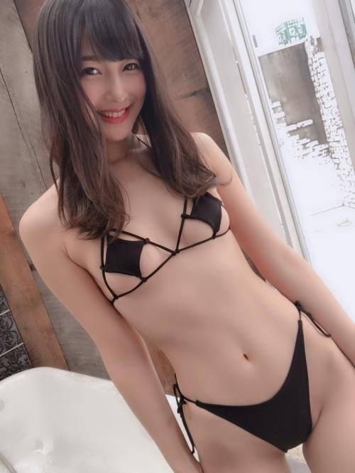 巨乳 グラビアアイドル 61