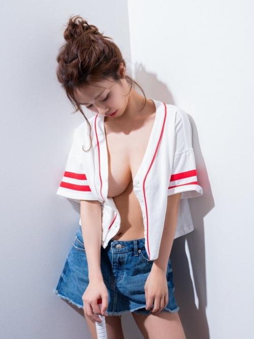 巨乳 グラビアアイドル 146