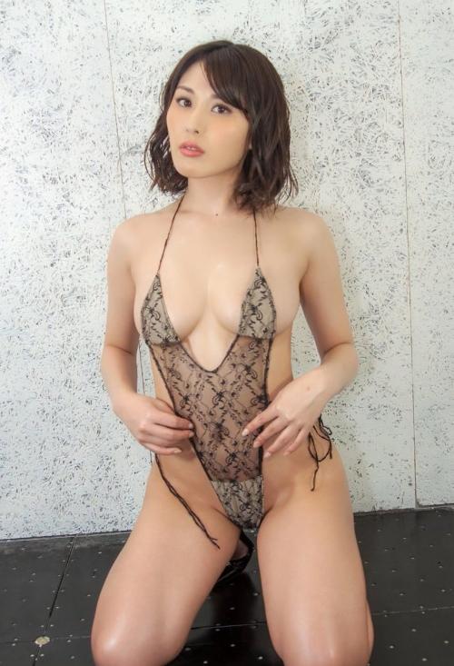 巨乳 グラビアアイドル 156
