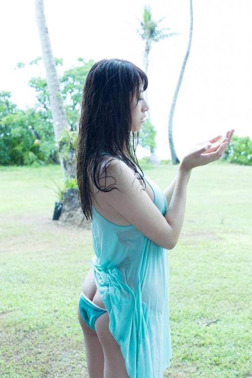 クラビアアイドル ビキニの水着 16