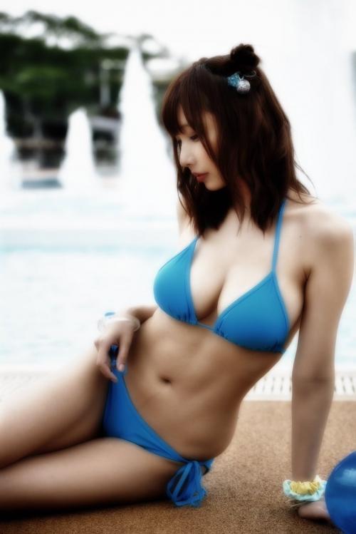 クラビアアイドル ビキニの水着 49