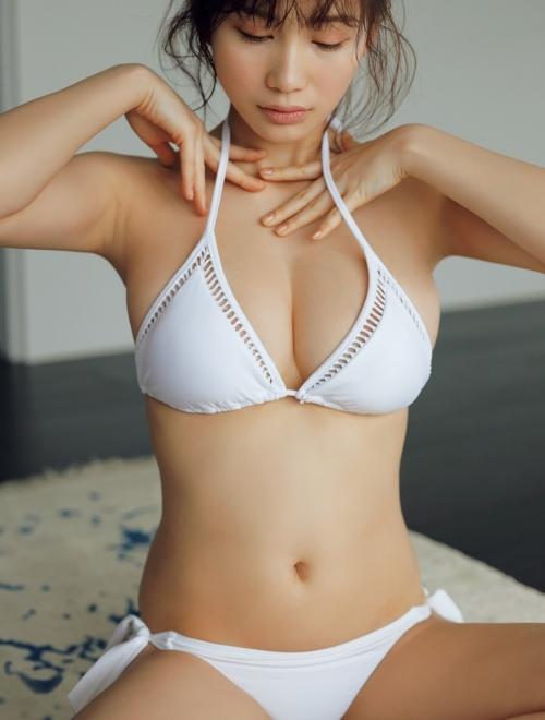 クラビアアイドル ビキニの水着 92