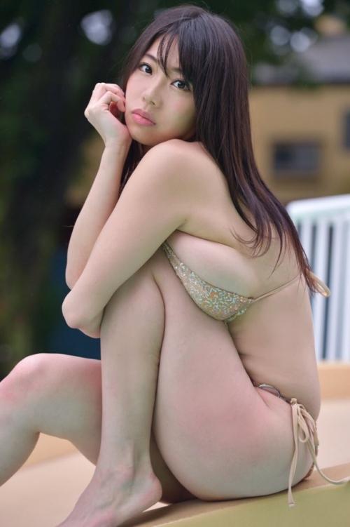 クラビアアイドル ビキニの水着 111