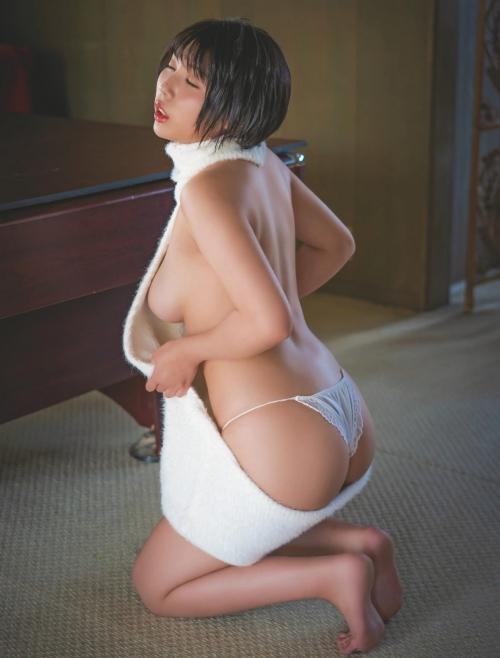 グラビアアイドル お尻 25