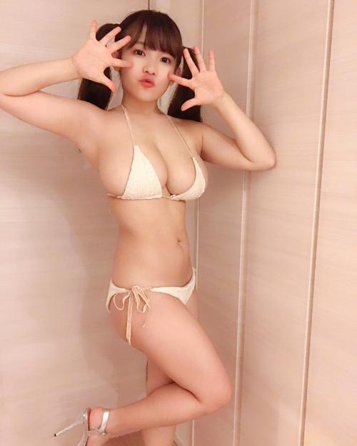 グラビアアイドル ビキニ 145