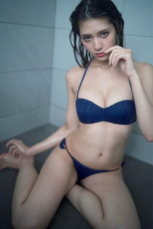 アンジェラ芽衣 × 桃月なしこ 25