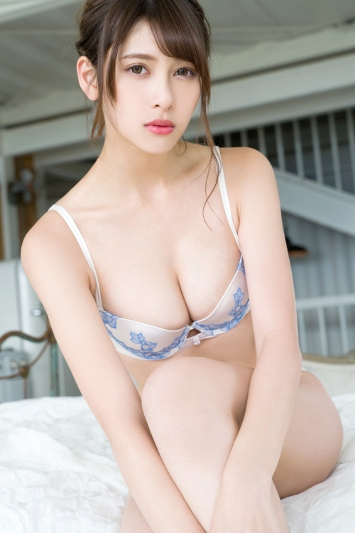 アンジェラ芽衣 × 川崎あや × 十味 48