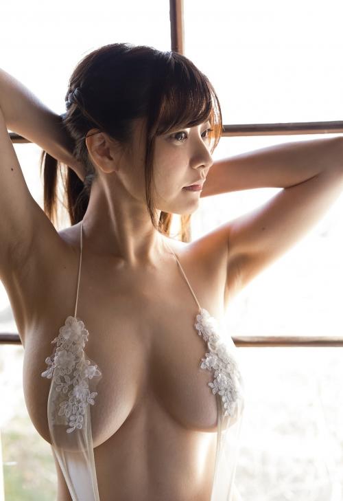 花井美理 16