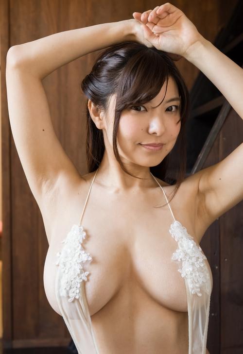 花井美理 23