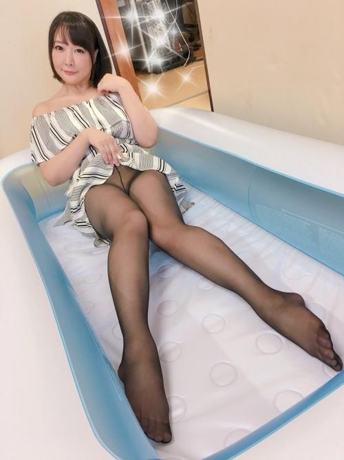 羽生ありさ(小峰ひなた) 64