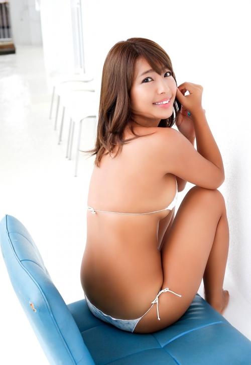 橋本梨菜 68