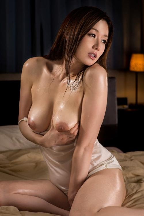 巨乳人妻 熟女 34