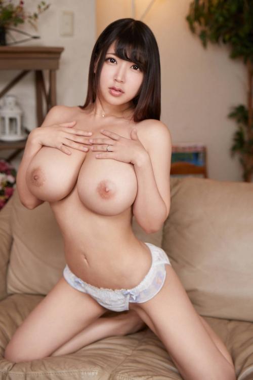 巨乳人妻 熟女 82