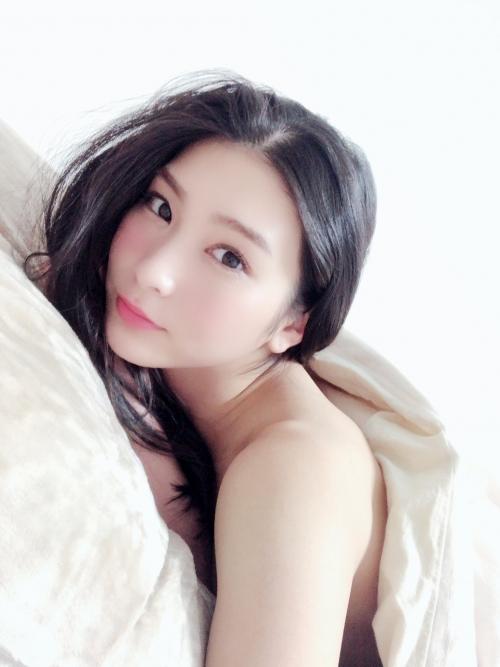 本庄鈴 10