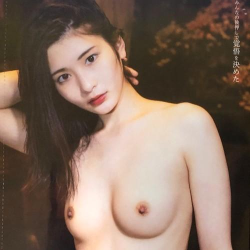 本庄鈴 初ヘアヌード【予約1万本でSOD AVデビューという雑な扱い受けた美女】