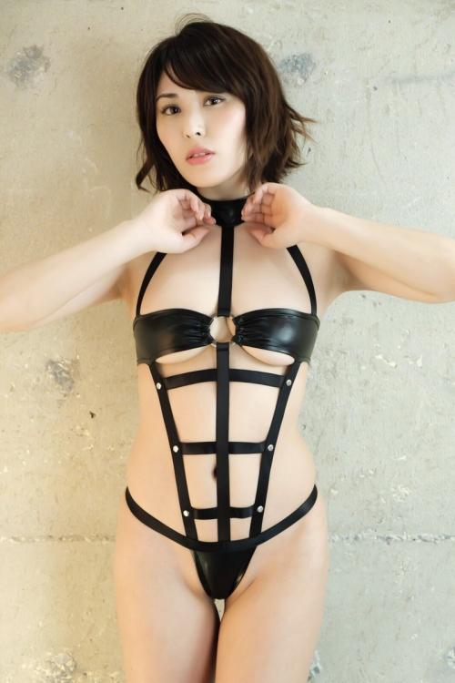 金子智美 42