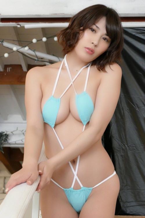 金子智美 46