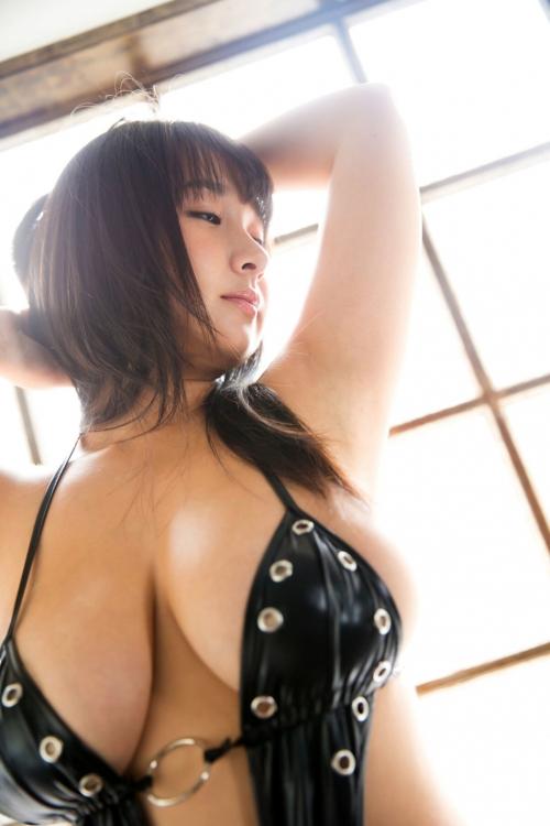 桐山瑠衣 35