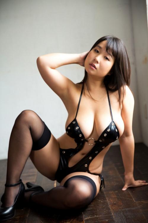 桐山瑠衣 37