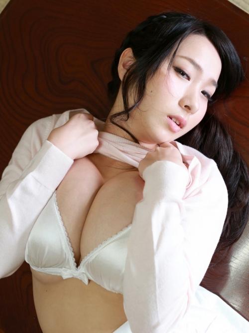 桐山瑠衣 56