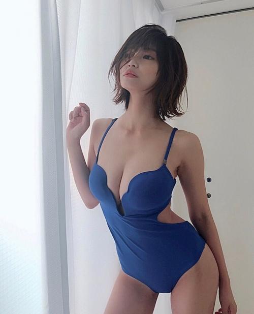 岸明日香 45