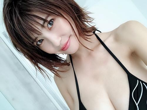 岸明日香 46