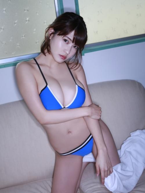 岸明日香 52