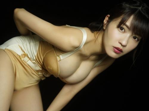 岸明日香 62