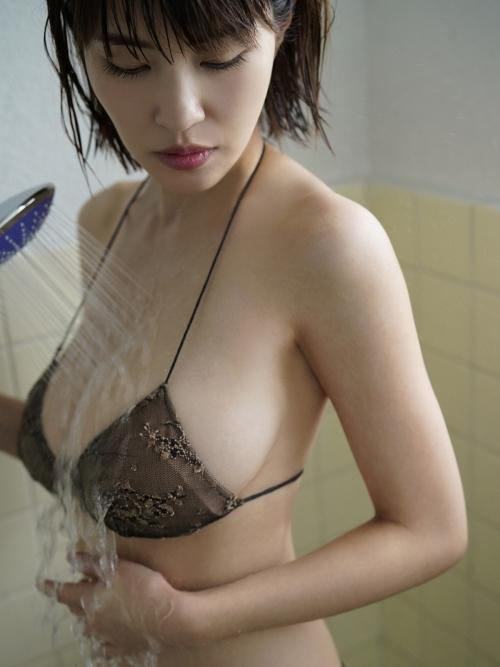 岸明日香 82