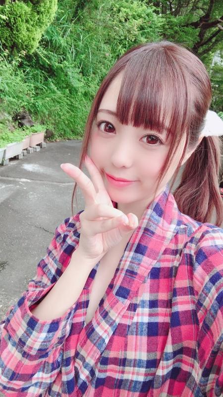 草川紫音 136