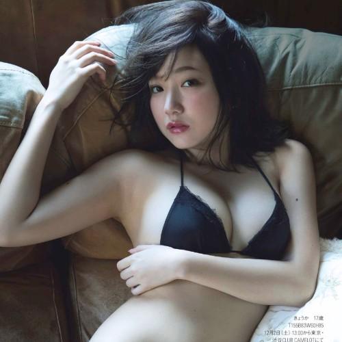 「夢みるアドレセンス」京佳