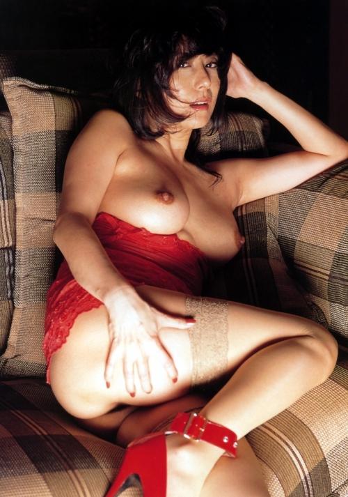 赤いランジェリー 19